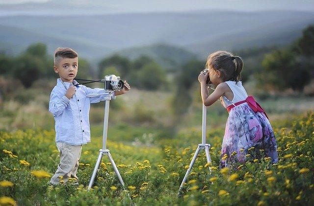 Outdoor Activities With Kids - Photo Scavenger Hunt