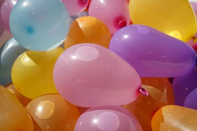 Outdoor Activities With Kids - Water Balloon Dodge