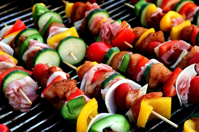 15 Delicious and Healthy Kids Party Food - Lunch Kebab