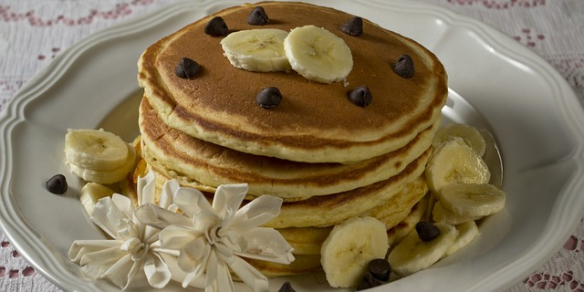 Banana Pancakes - Amazing Summer Recipes That Kids Can Help Prepare